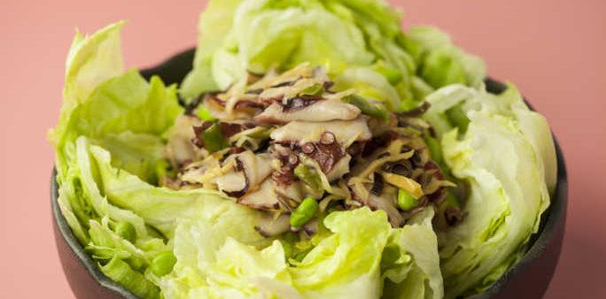 Green Salad with Gari Tako Sansai