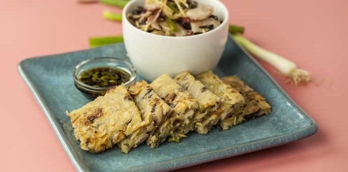 Korean Seafood Pancake with Gari Tako Sansai